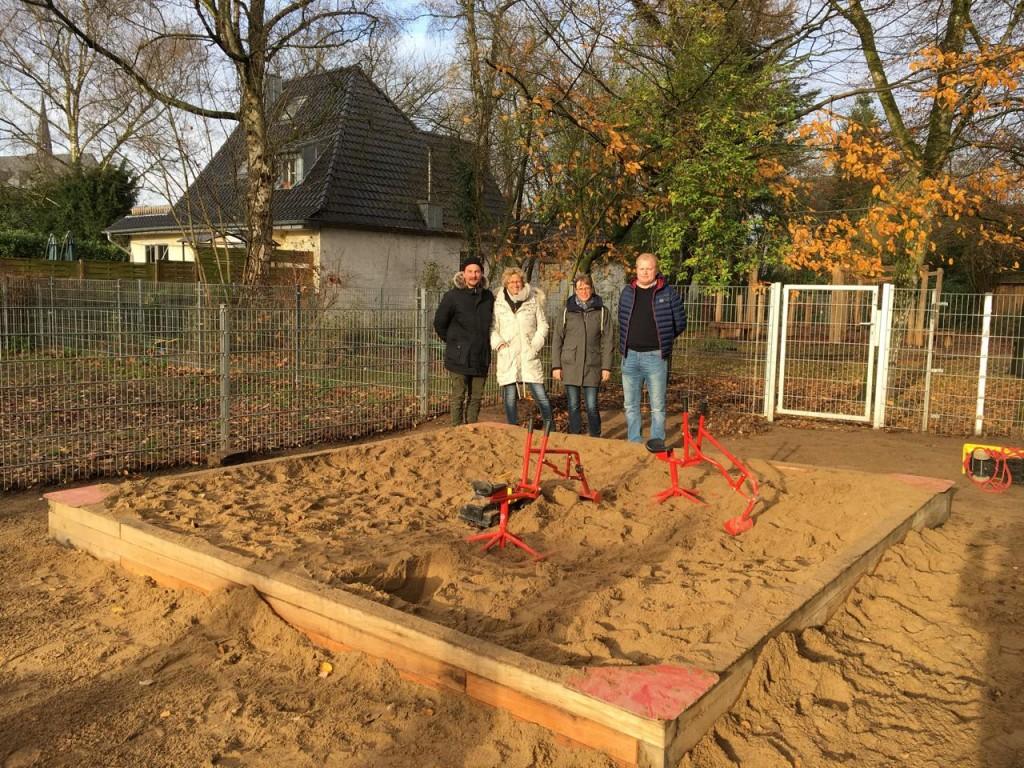 Sandkasten für die Albert-Schweitzer-Schule in Anrath